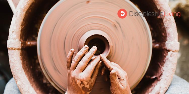 Discipleship Living: 1 John